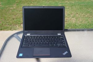 Lenovo-Thinkpad-13-Chrome-Open