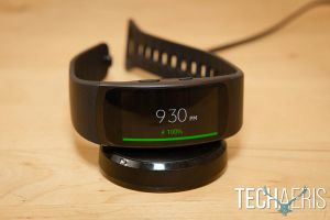 Samsung-Gear-Fit2-review-02