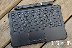 Dell-Latitude-7212-review-02