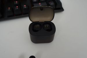 Tribit-X1-True-Wireless-Earbuds-Top-Case