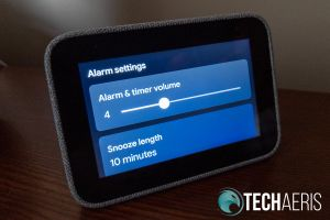 Lenovo Smart Clock alarm settings screen