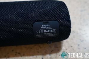 EasyAcc-F10-Wireless-Speaker-Back-Cover