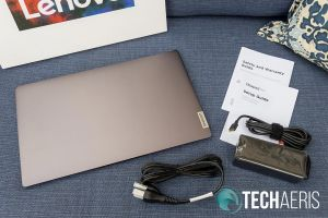 What's included with the Lenovo IdeaPad S940