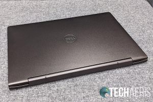 Top and hinge on the 2019 Dell Inspiron 13 7000 2-in-1